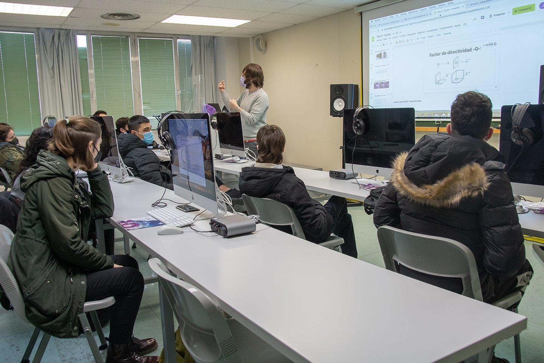 Los alumnos de CPA Salduie vuelven a las clases sin incidencias - alumnos en clase