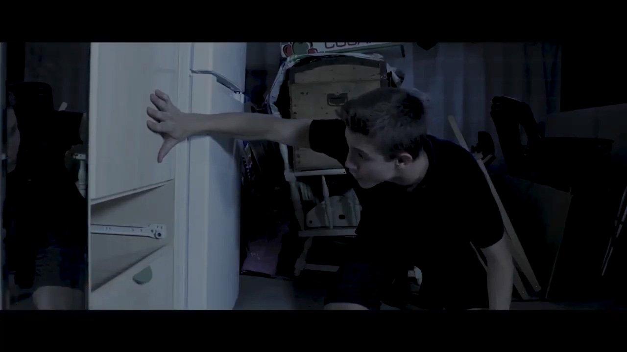 Álvaro Blasco_Película Encerrados